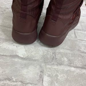 Nike Shoes - Women's  Burgundy Tanjun High Rise BOOTS Size 10